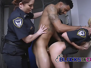 Phone thief repel his arrest assembly those mother i'd like to fuck cops slutty as ever